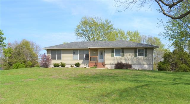 10070 Valley View Drive Property Photo - Ozawkie, KS real estate listing