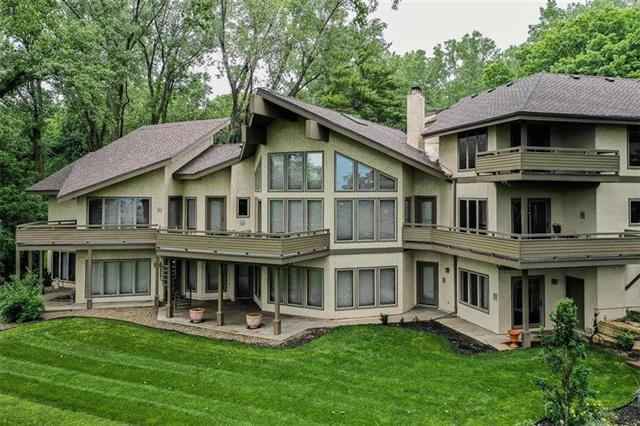 5 NW Briar Point Drive Property Photo - Kansas City, MO real estate listing