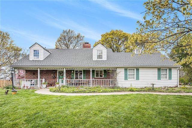 8816 W 66th Terrace Property Photo - Merriam, KS real estate listing
