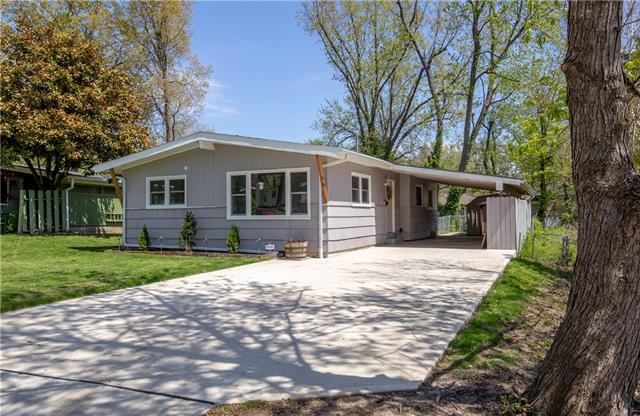 1112 ANDERSON Street Property Photo - Warrensburg, MO real estate listing