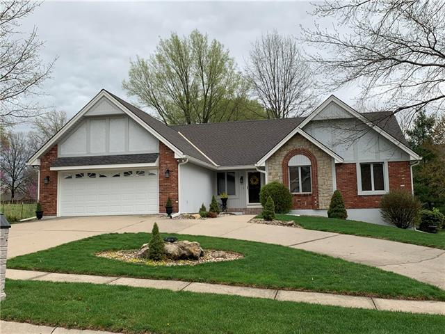 7013 N Agnes Avenue Property Photo - Gladstone, MO real estate listing