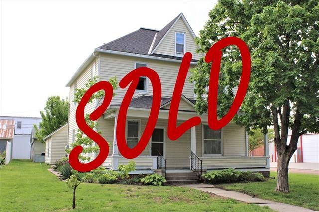 802 S Orange Street Property Photo - Concordia, MO real estate listing