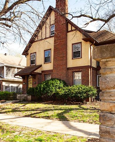403 E 63RD Terrace Property Photo - Kansas City, MO real estate listing