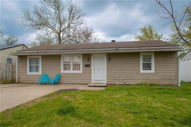 1745 Main Street Terrace Property Photo - Osawatomie, KS real estate listing