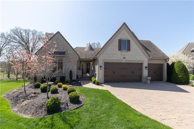 15153 Buena Vista Street Property Photo - Leawood, KS real estate listing