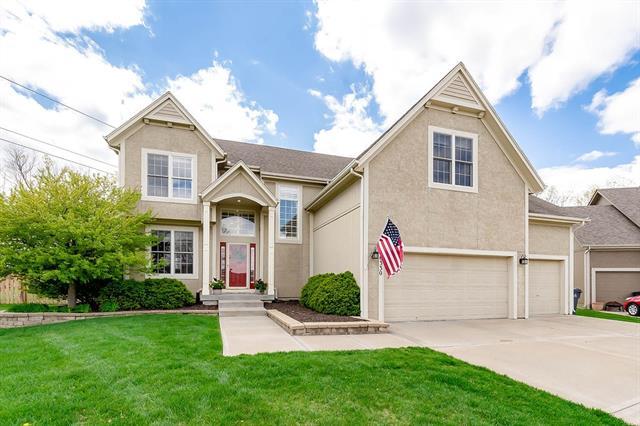 16330 S Lindenwood Drive Property Photo - Olathe, KS real estate listing