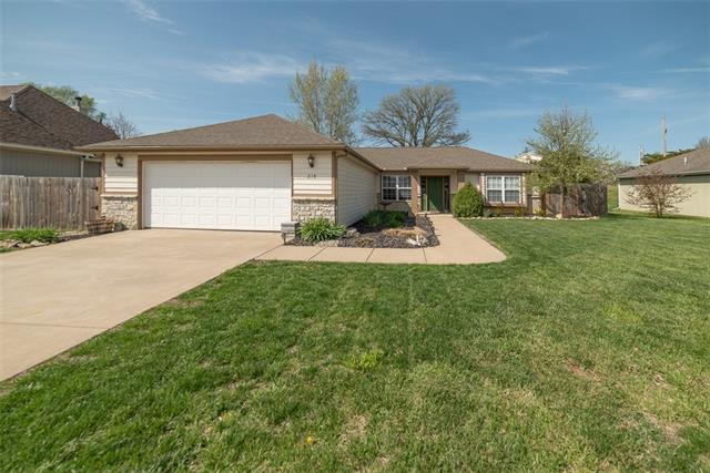 218 Hillside Drive Property Photo - Baldwin City, KS real estate listing