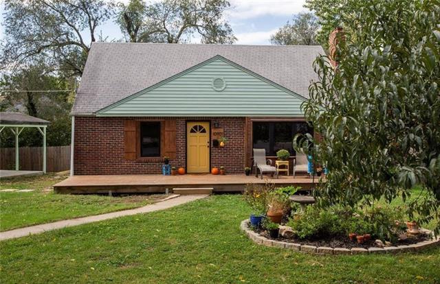 10901 W 57th Terrace Property Photo - Shawnee, KS real estate listing