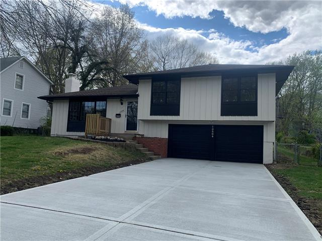 13504 Lowell Avenue Property Photo - Grandview, MO real estate listing