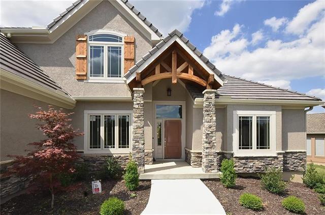 5806 N Lucerne Avenue Property Photo - Kansas City, MO real estate listing