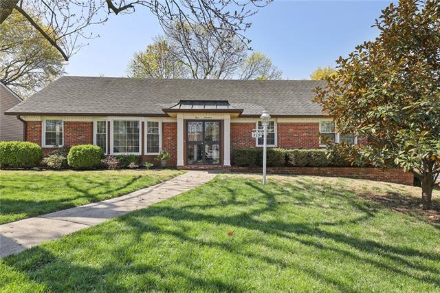 519 E 106th Street Property Photo - Kansas City, MO real estate listing