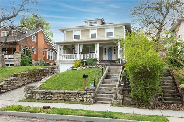 4946 Tracy Avenue Property Photo - Kansas City, MO real estate listing