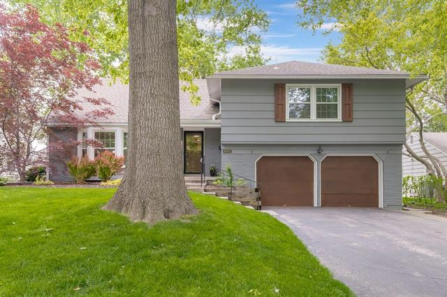 4915 Pawnee Drive Property Photo - Roeland Park, KS real estate listing