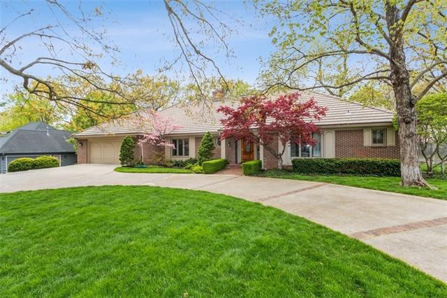 6720 Willow Lane Property Photo - Mission Hills, KS real estate listing