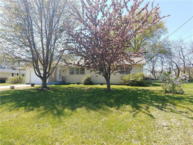 1201 S Seventh Street Property Photo - Clinton, MO real estate listing