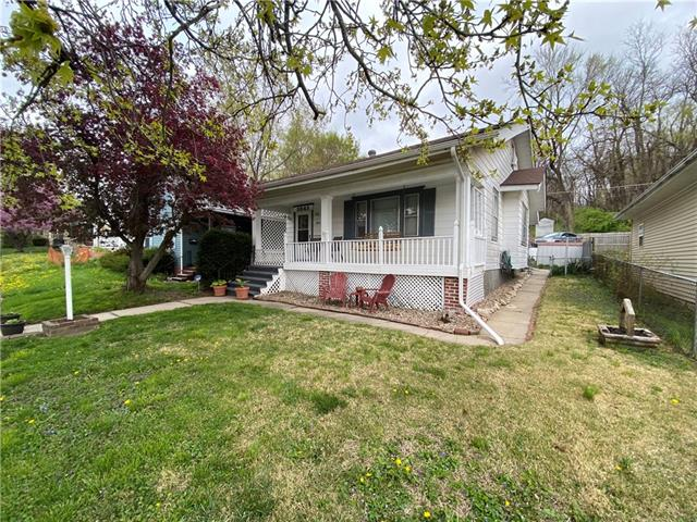 3843 Terrace Avenue Property Photo - St Joseph, MO real estate listing
