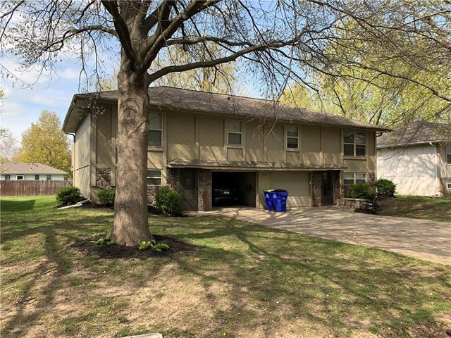 1210 SE 3rd Terrace Property Photo - Lee's Summit, MO real estate listing