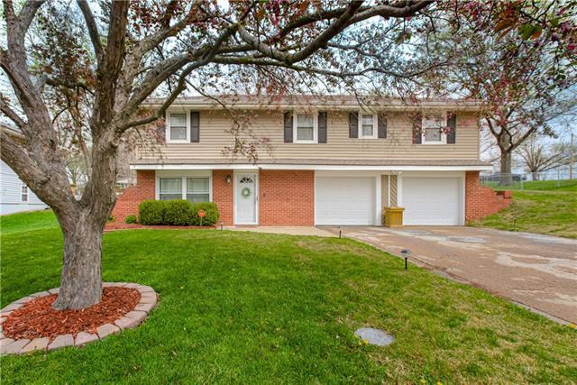 408 NW 88TH Street Property Photo - Kansas City, MO real estate listing
