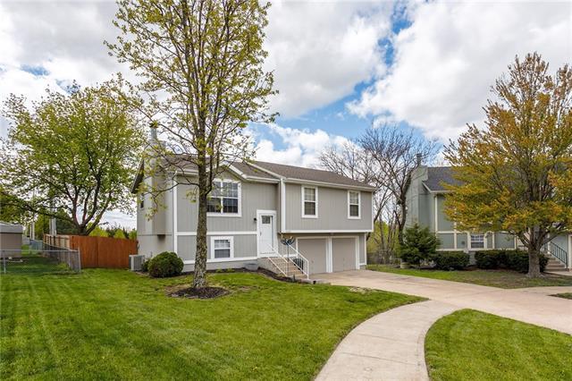 13221 Custer Avenue Property Photo - Bonner Springs, KS real estate listing