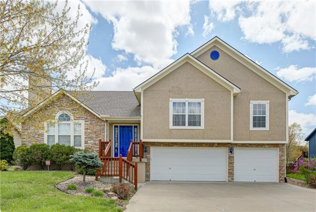 1305 SW 4th Street Property Photo - Oak Grove, MO real estate listing
