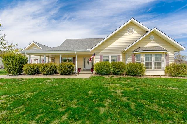24920 Dehoff Drive Property Photo - Tonganoxie, KS real estate listing