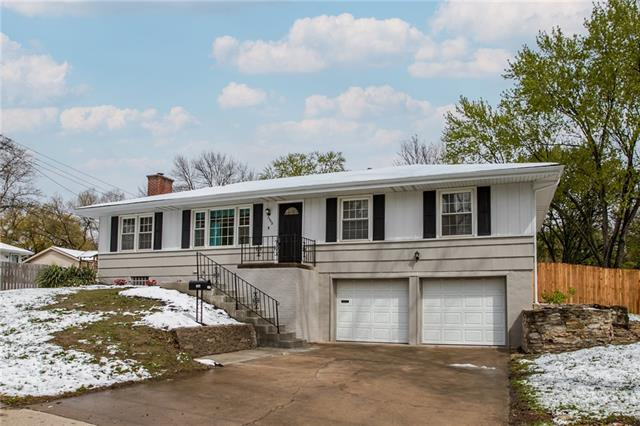 3308 NE 46th Street Property Photo - Kansas City, MO real estate listing
