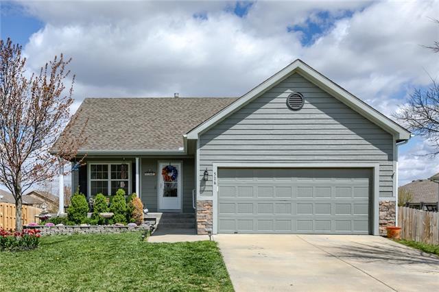 516 E Apache Street Property Photo - Gardner, KS real estate listing