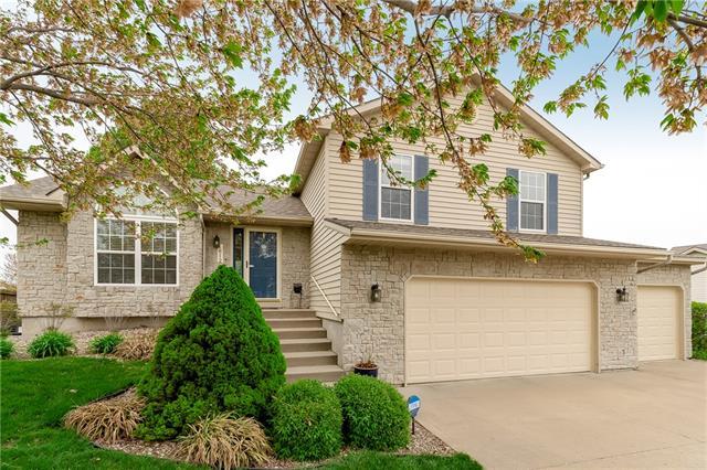 1612 Chowning Drive Property Photo - Kansas City, MO real estate listing