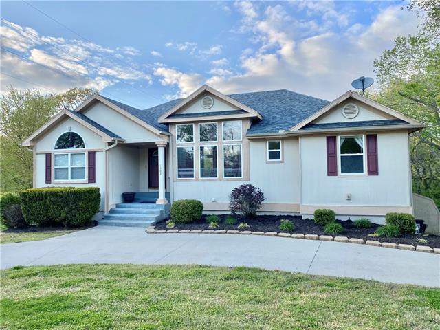 1302 W Douglas Street Property Photo
