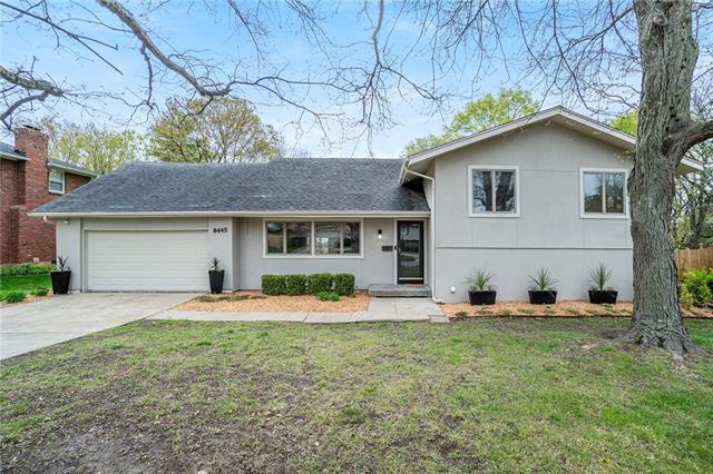 8445 Juniper Street Property Photo - Prairie Village, KS real estate listing