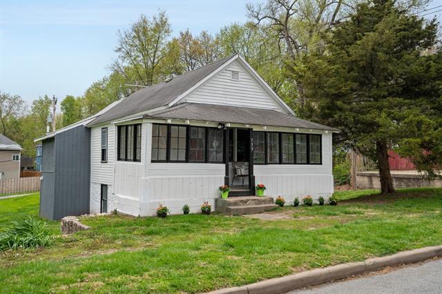 739 Kiowa Street Property Photo - Leavenworth, KS real estate listing