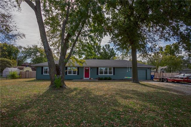 19773 Linwood Road Property Photo - Linwood, KS real estate listing