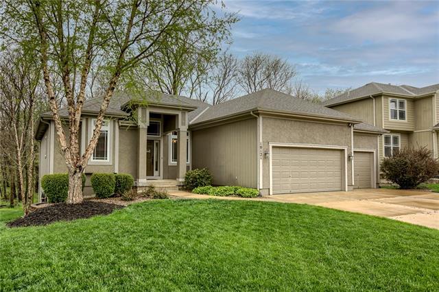 10121 N Miller Lane Property Photo - Kansas City, KS real estate listing