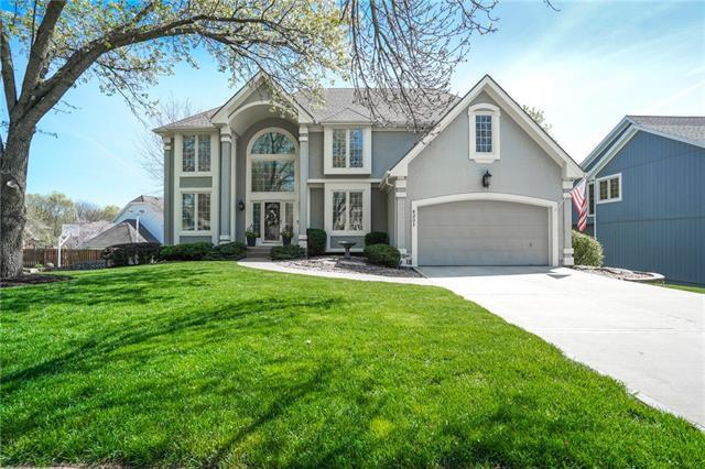 6301 N Strathbury Avenue Property Photo - Kansas City, MO real estate listing