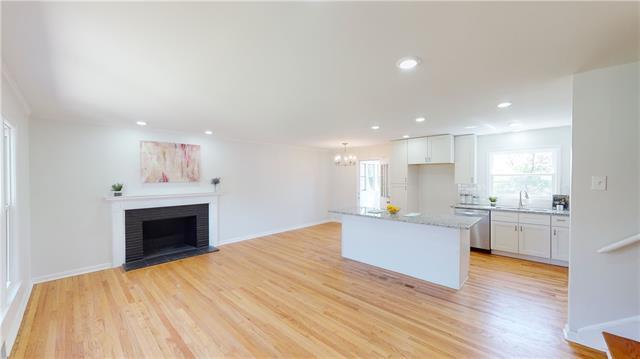 3801 W 79th Street Property Photo 1