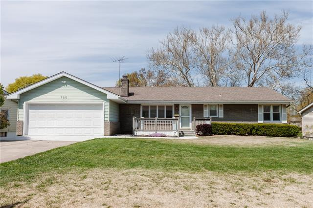100 NW 67TH Terrace Property Photo - Gladstone, MO real estate listing