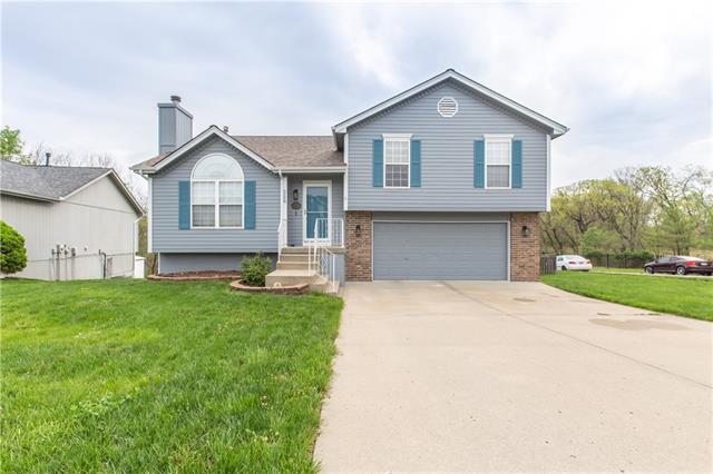 5208 NE 63rd Terrace Property Photo - Kansas City, MO real estate listing