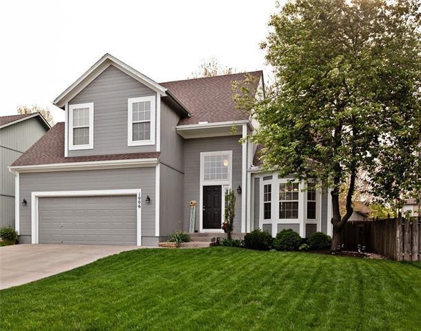 1006 N Clinton Street Property Photo - Olathe, KS real estate listing