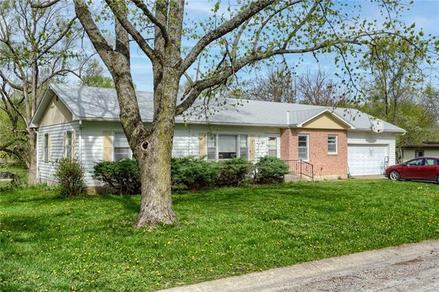 107 O E Avenue Property Photo - Excelsior Springs, MO real estate listing