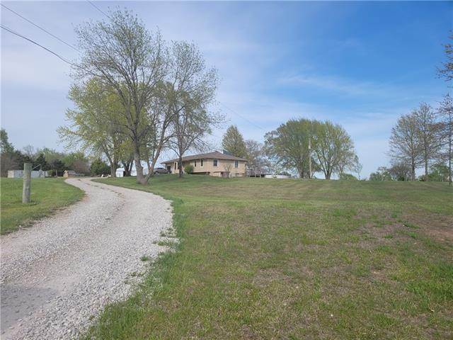 112 E 2300 Road Property Photo - Wellsville, KS real estate listing