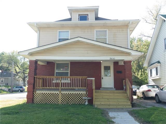 N 2600 N 12th St, Street Property Photo 1