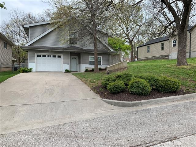 1918 W 7th Street Property Photo - Leavenworth, KS real estate listing