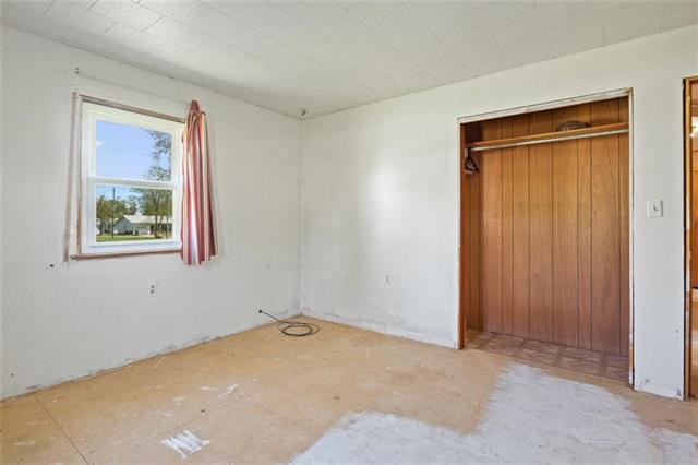 19013 First Avenue Property Photo 14