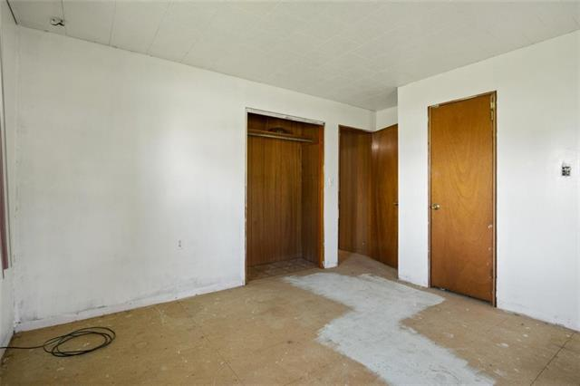 19013 First Avenue Property Photo 15