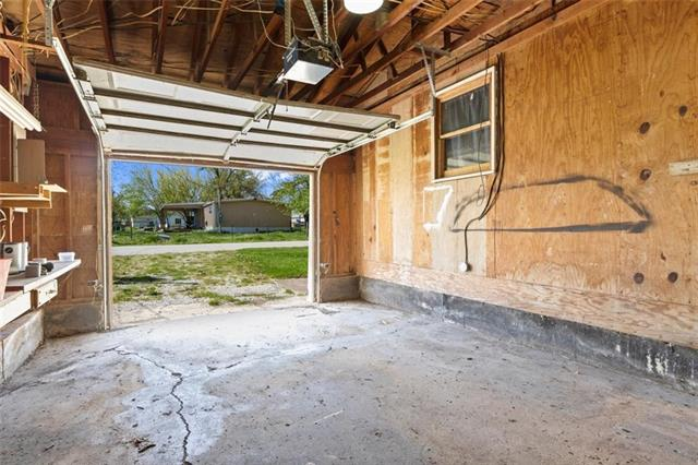 19013 First Avenue Property Photo 21