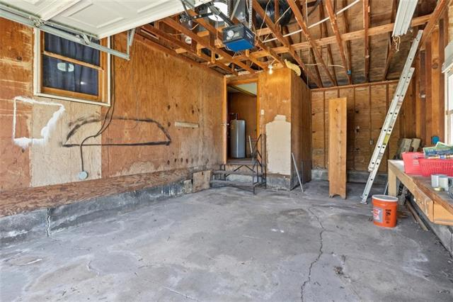19013 First Avenue Property Photo 22