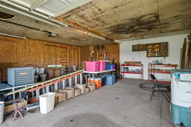 19013 First Avenue Property Photo 28