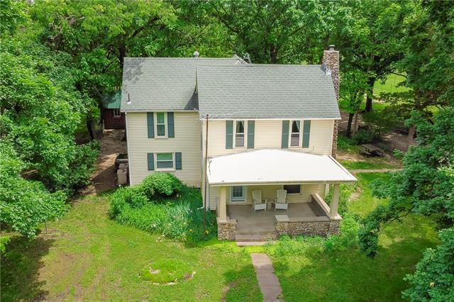 28171 Plum Creek Road Property Photo - Paola, KS real estate listing