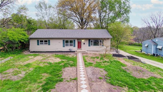 4205 Hawthorne Avenue Property Photo - Kansas City, MO real estate listing