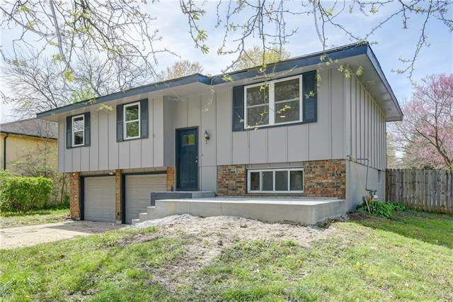 108 Baker Street Property Photo - Buckner, MO real estate listing